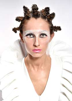 © MIKEL LUZEA HAIR COLLECTION